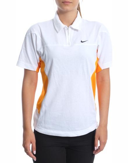 Дамска спортна тениска Nike